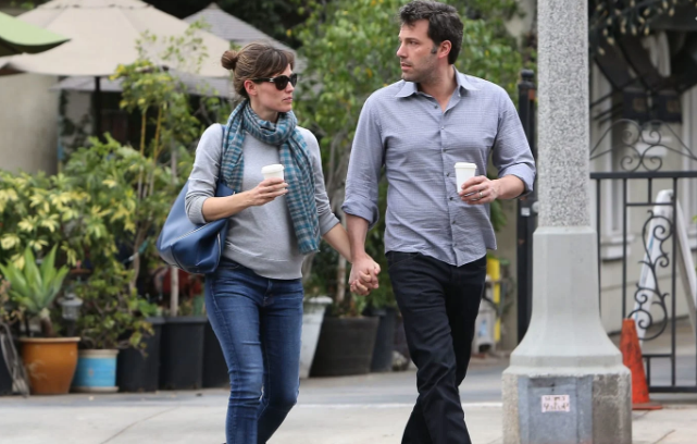 The Secret Engagement of Jennifer Garner and Ben Affleck